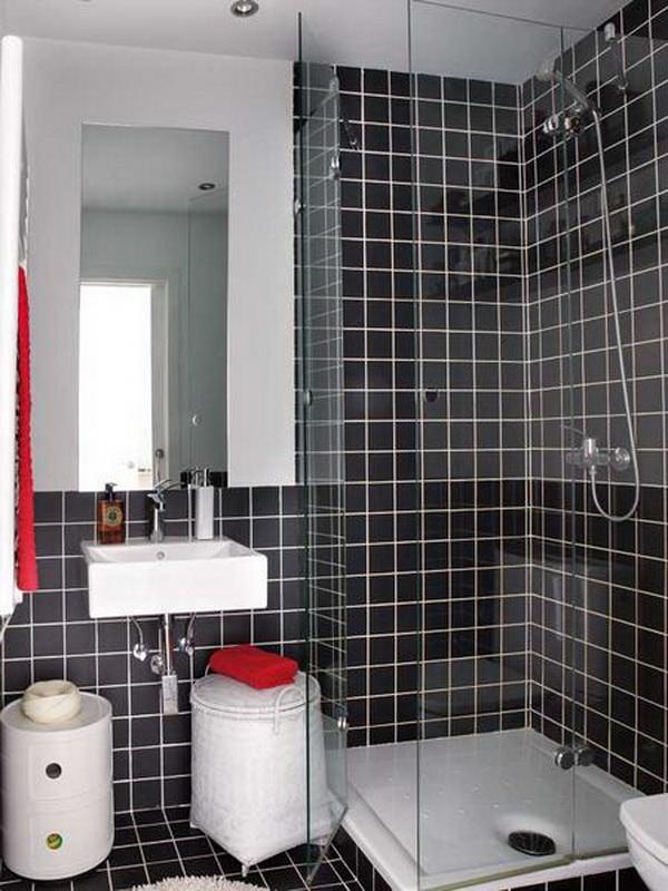 Дизайн маленькой ванной комнаты в черно белом цвете