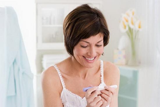 Вторая полоска на тесте беременности