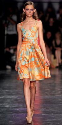 Модні сарафани 2012