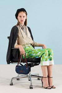 Фото красивых и модных босоножек