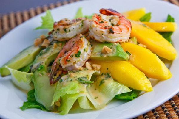 Салат з авокадо і креветками - рецепт