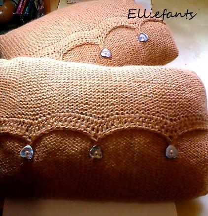 Подушки из старого свитера