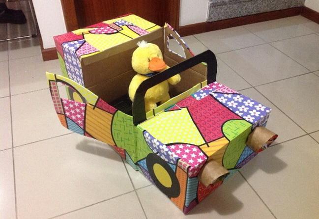 Как сделать машину из коробки для детей своими руками 29