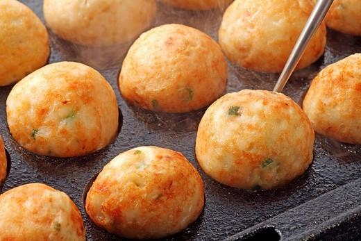Пампушки с чесноком на сковороде рецепт с пошагово 100