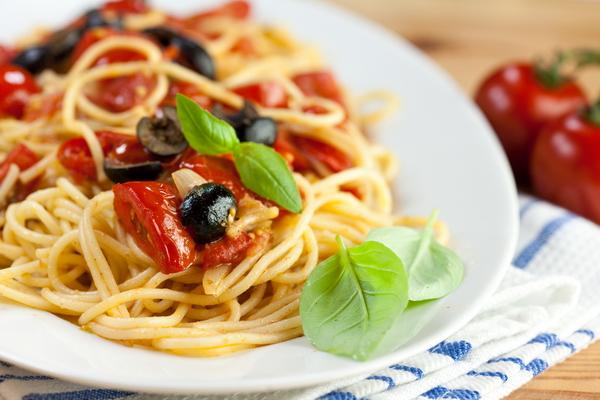 5 смачних соусів для спагетті
