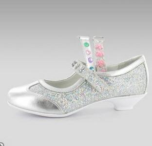 Туфли на каблуках для девочек