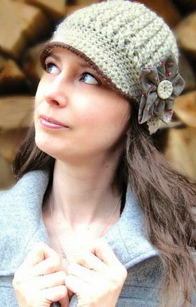 Шляпа, связанная крючком