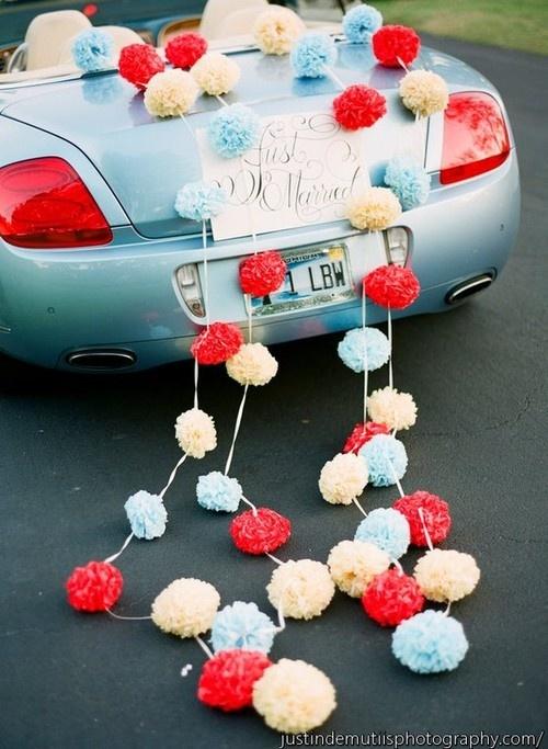 Как украсить свадебную машину