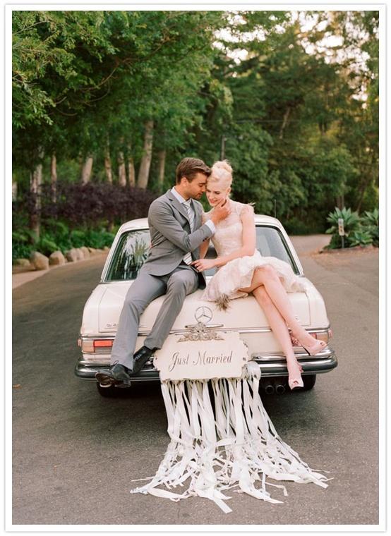 Как украсить свадебную своими руками