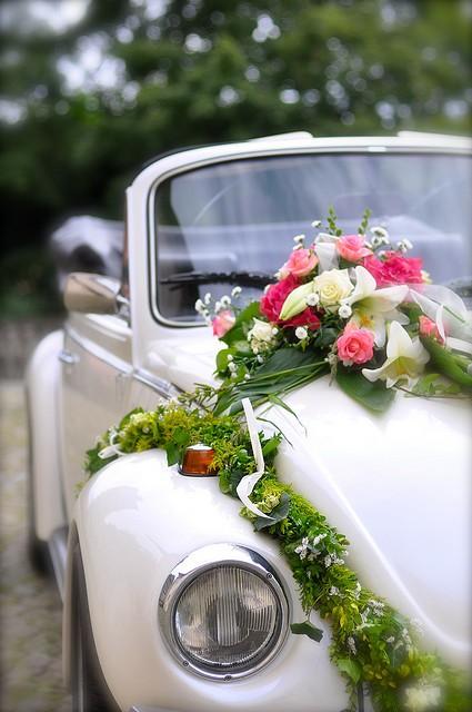 как сделать свадебные украшения на машины своими руками фото