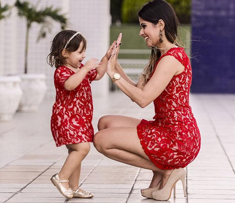 К чему сниться красный цвет платья
