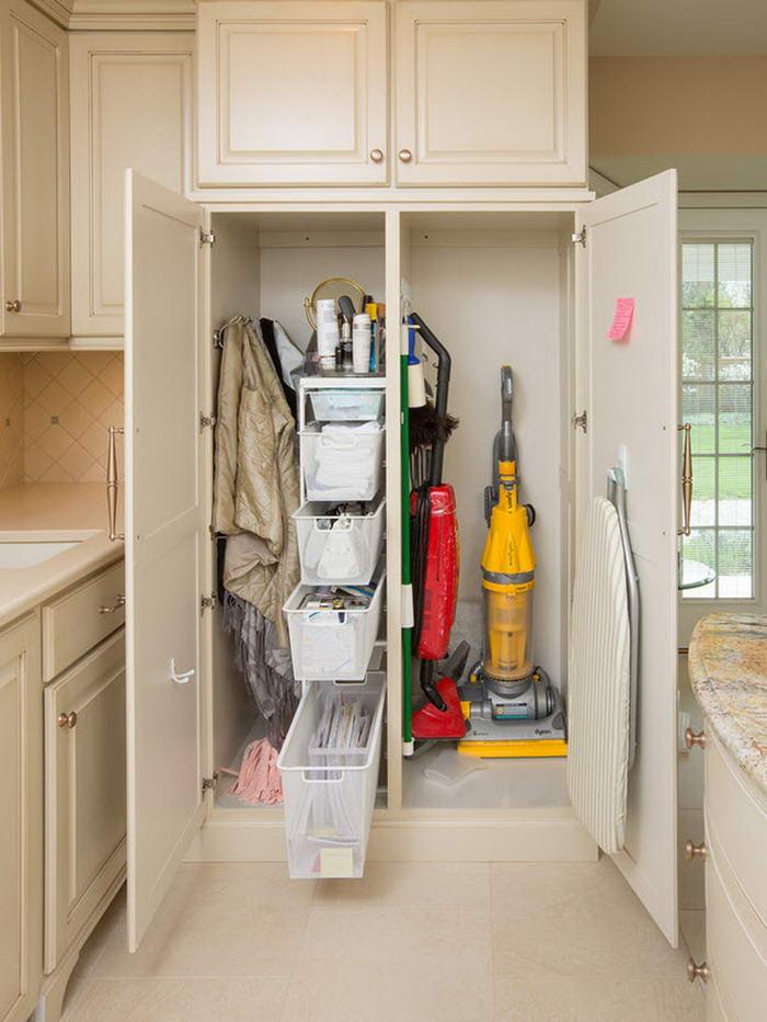 Где хранить предметы для уборки - как выделить место в доме.