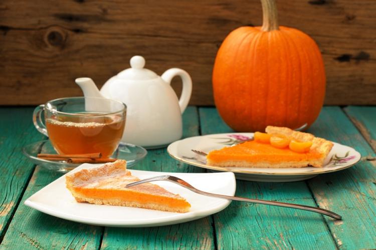 Гарбузовий пиріг - три кращих рецепта, розганяємо нудьгу від негоди