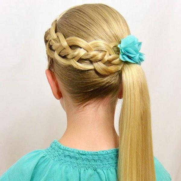 Прическа на первое сентября для девочки 4 класс