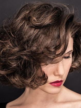 Как можно накрутить волосы
