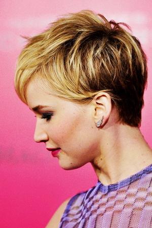 Покраска омбре на короткие волосы