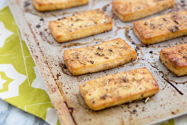 Швидкі рецепти страв з сиру тофу в духовці