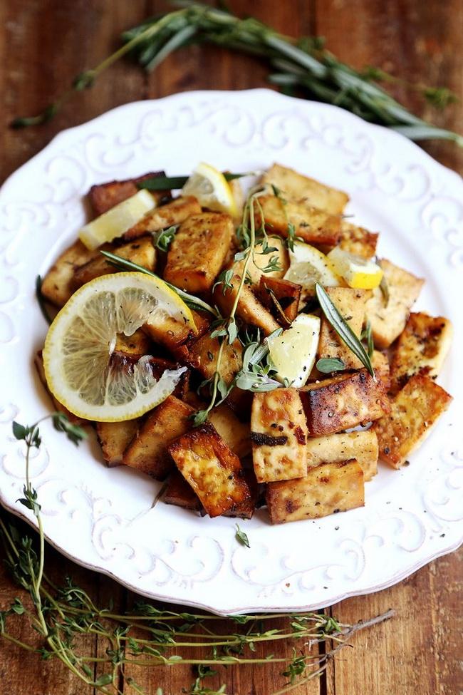 Рецепт из коржей и мяса
